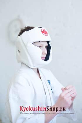 Закрытый шлем киокушинкай