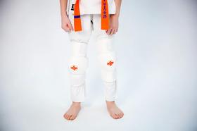 Защита колена (наколенник) киокушинкай