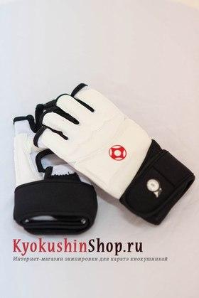 Перчатки киокушинкай с канку